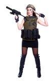 拿着smg的军事伪装的妇女 免版税库存照片