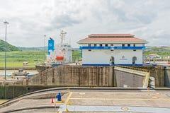 巴拿马运河,米拉弗洛雷斯锁 库存照片