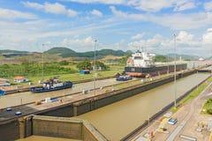 巴拿马运河,米拉弗洛雷斯锁 免版税库存照片