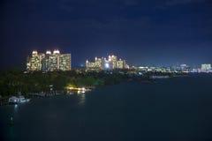 拿骚,巴哈马在晚上 免版税图库摄影