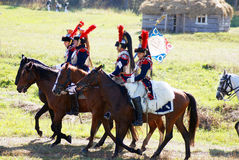 从拿破仑军团的Reenactors胸甲骑兵 库存照片