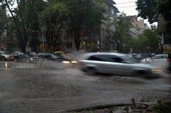 持续1一个半小时的阵雨充斥了瓦尔纳 图库摄影