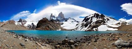 挂接Fitz罗伊, El Chaltén,阿根廷 免版税库存图片