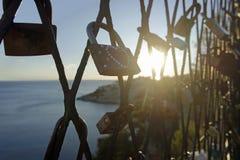 挂锁作为永恒爱的一个标志 库存图片