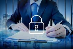 挂锁保护密码安全标志概念 免版税库存图片