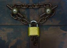 挂锁和链子 免版税图库摄影