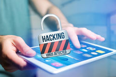 挂锁在未来派int被乱砍显示的安全连接 免版税库存图片