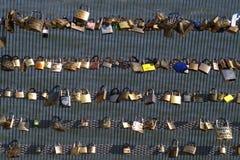 挂锁在Le Pont des艺术9 库存照片