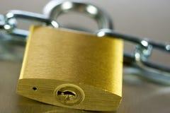挂锁特写镜头有链子的 免版税库存图片