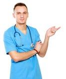 指向事的男性医生有趣, 免版税库存图片