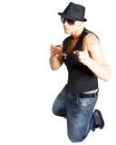 指向年轻人的舞蹈演员 免版税库存照片