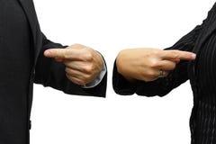 指向本身的男人和妇女 竞争&竞争概念 库存图片