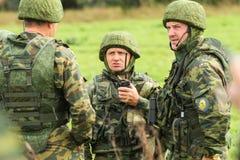 指挥所演习的战士与第98守卫空降师 免版税库存照片
