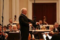 指挥Barenboim和柏林爱乐管弦乐团 免版税库存照片