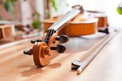 指板小提琴特写镜头 免版税库存图片