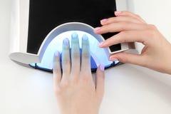 指甲盖的秀丽治疗 免版税库存照片