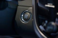 按钮发动机启动终止 现代tachnologies 免版税库存图片