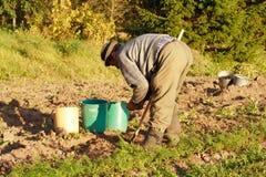 挖掘机的土豆 免版税库存图片