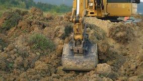 挖掘机装载卡车 影视素材