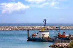 挖泥机港口 免版税图库摄影