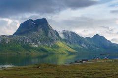 挪威北部典型的风景  免版税库存图片