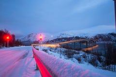 挪威在冬天-绊倒到海岛Kvaloya 库存照片
