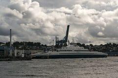 挪威城市的海岸线 免版税库存照片
