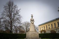 挪威女王Maud雕象  免版税库存图片