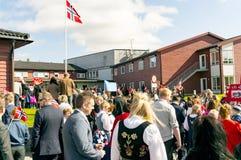 挪威宪法的多民族游行假日 免版税库存照片