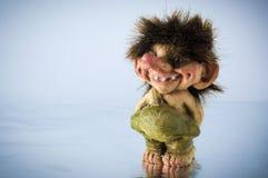 挪威拖钓的小雕象 免版税库存图片