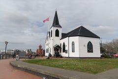 挪威教会加的夫海湾 免版税库存照片
