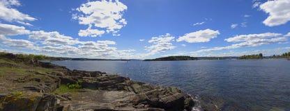 挪威海湾全景  库存照片