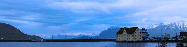 挪威海湾全景  免版税库存照片