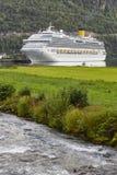 挪威海湾横向 巡航旅行 旅行挪威旅游业 库存照片