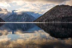 挪威海湾横向 库存图片