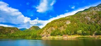 挪威自然海湾 免版税库存照片