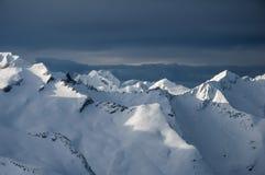 挪威阿尔卑斯冬天视图  免版税库存图片
