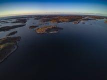 挪威风景美好的自然沿海风景,赤裸岩石 图库摄影