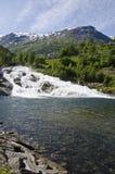 挪威-瀑布在Hellesylt -视图 库存图片