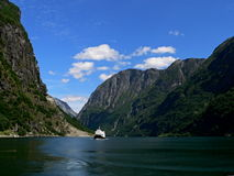 挪威Naeroyfjorden 免版税库存图片