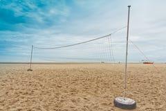 捕网海滩球。 免版税图库摄影