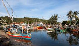 捕鱼印度尼西亚karimunjawa村庄 库存图片