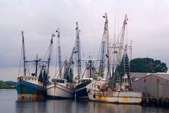 捕鱼反弹大海鲢拖网渔船 免版税图库摄影