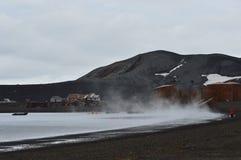 捕鲸船` s海湾,南极洲 库存图片
