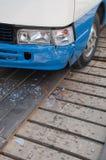 损坏的公共汽车 库存照片