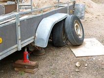 损坏的拖车 免版税库存照片