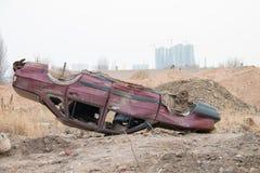 损坏的汽车轮 库存照片