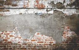 损坏的砖墙背景纹理 免版税库存照片