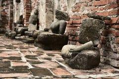损坏的菩萨雕象 免版税图库摄影
