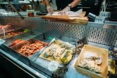 换在地方干草的传统瑞典食物 免版税库存图片